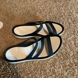 Crocs | Slide on Sandals | 9 | Blk/wht | EUC